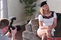 Секс фотографа со студенткой выпускницей