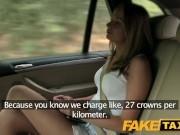 Таксист ебет молоденькую девушку